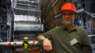 Proud Scen3 composer in Atlas cave, LHC